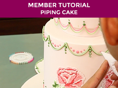 learn how to pipe on your cakes