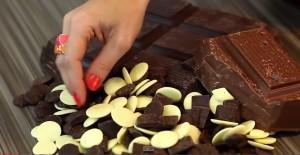 modeling chocolate