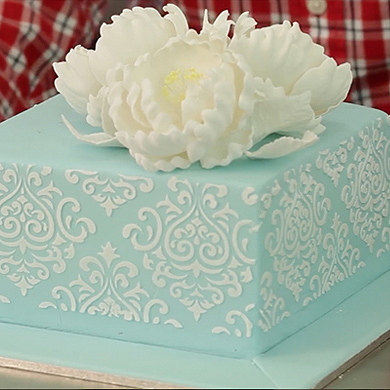 peonies and stenciling cake