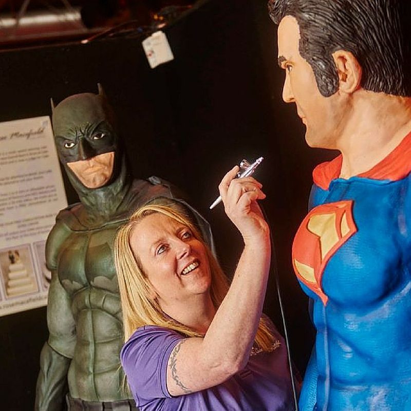 rose macefield batman vs superman cake