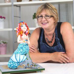 Rhu Strand Sugarcraft Artist and Teacher