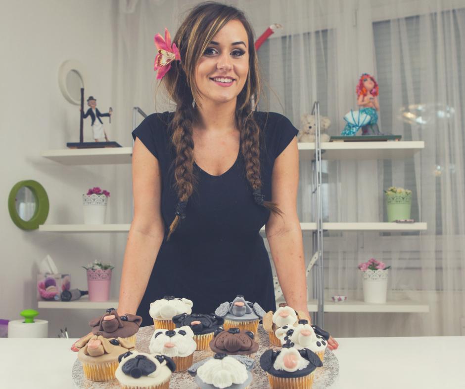 Cake Decorating Video Teacher